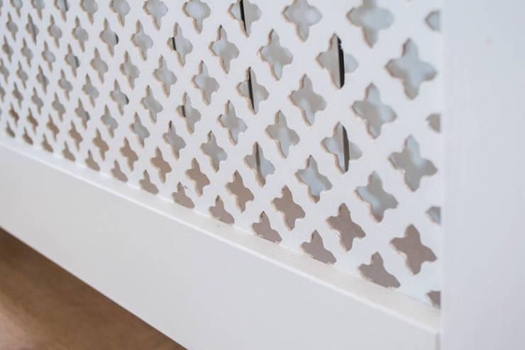II-CLASSIC STYLE: styl , w kategorii Korytarz, hol i schody zaprojektowany przez YourLuxury
