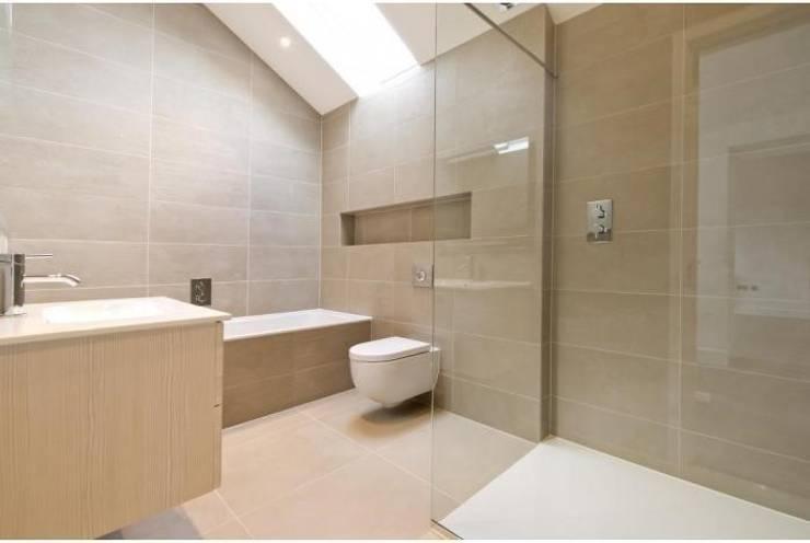 Coach House Conversion:  Bathroom by Corebuild