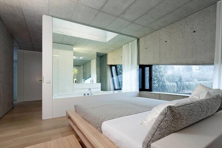 Ramphouse:  Schlafzimmer von WILLL Architektur