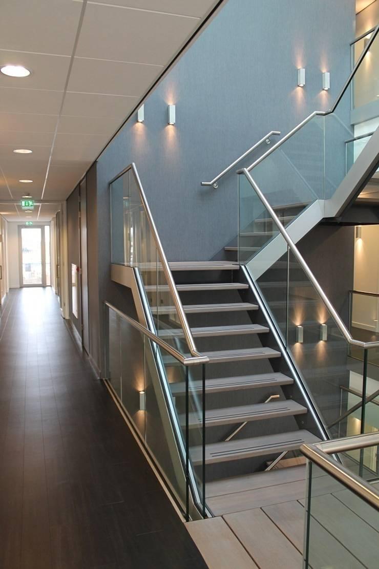 Kantoor Hendriksen te Tubbergen:  Kantoorgebouwen door Draw2design