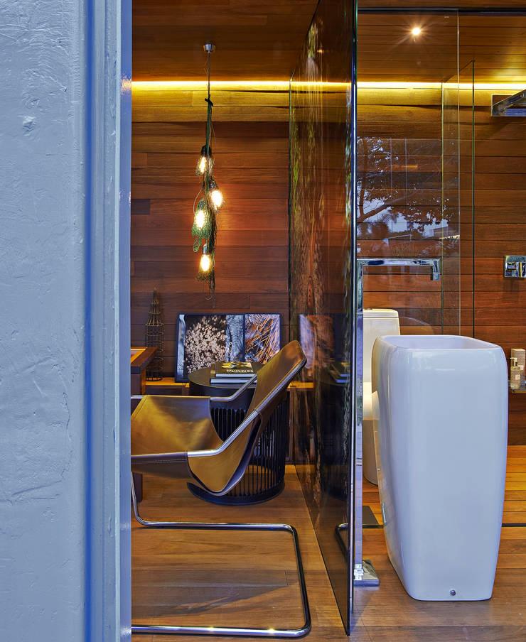 Pocket House: Paredes  por Cristina Menezes Arquitetura