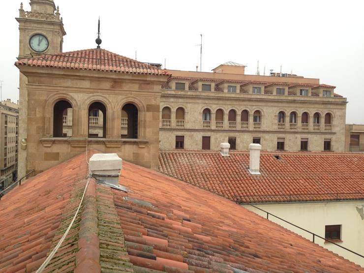 Repasos de cubierta BANCO DE ESPAÑA SALAMANCA  estudiocincocincouno 2014: Casas de estilo  de estudio551