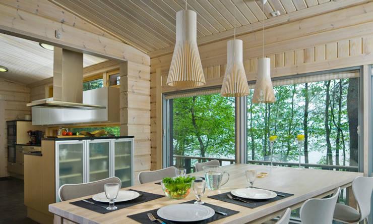 secto suspension scandinave avec abat jour ajour en bois de le studio des collections homify. Black Bedroom Furniture Sets. Home Design Ideas