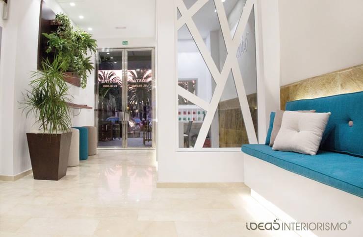 """Hotel """"El Globo"""", decoración mediterránea.: Clínicas de estilo  de Ideas Interiorismo Exclusivo, SLU"""