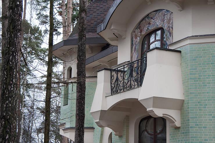 Балкон:  в . Автор – Remistudio