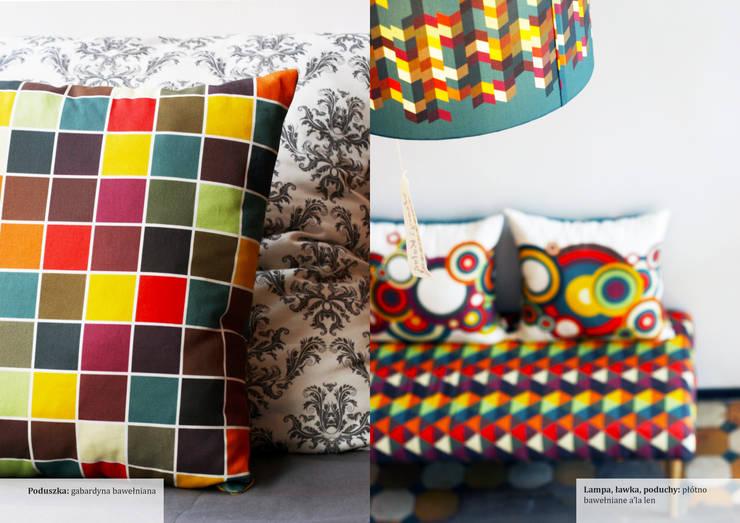 Poduszka, ławka, lampa: styl , w kategorii Salon zaprojektowany przez Wzory i Kolory