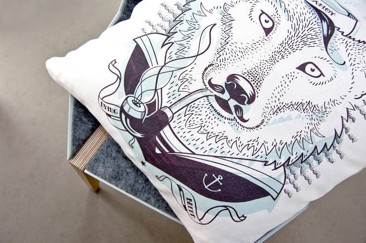 WILK morski: styl , w kategorii Salon zaprojektowany przez Hayka