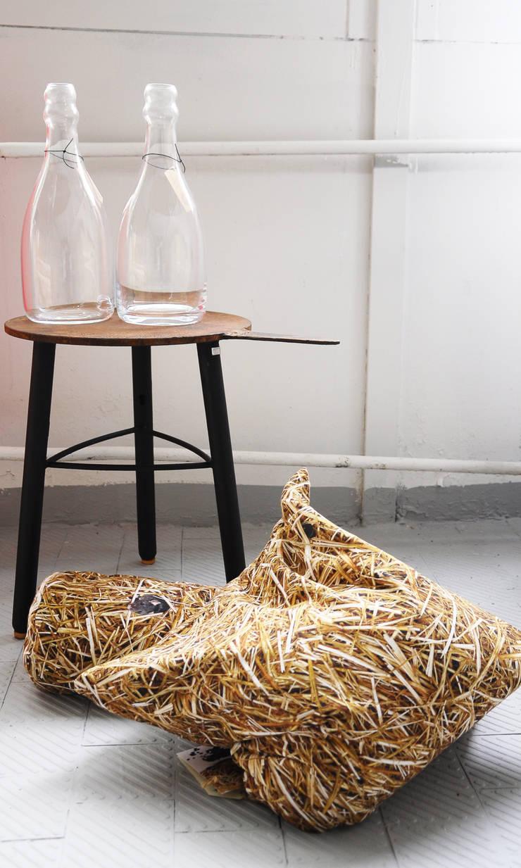 Poduszki GRYKA: styl , w kategorii Salon zaprojektowany przez Hayka