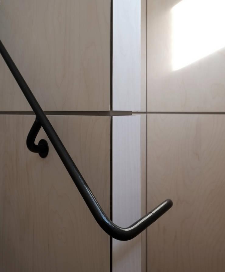 Astor House Couloir, entrée, escaliers modernes par NRAP Architects Moderne