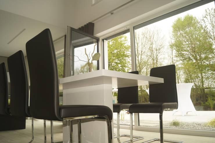 Wohnraum / Bild 2:  Wohnzimmer von Karl Bachl GmbH & Co. KG