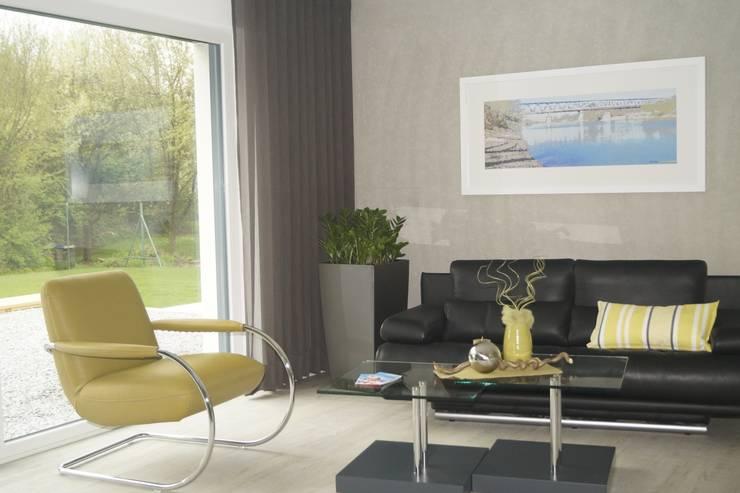 Wohnraum / Bild 3:  Wohnzimmer von Karl Bachl GmbH & Co. KG