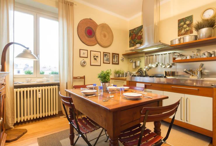 Cucina: Cucina in stile  di Filippo Fassio Architetto