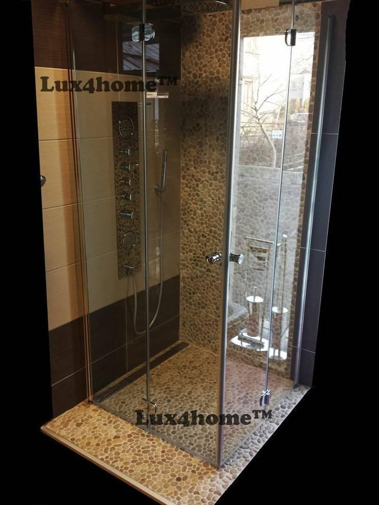 Prysznic z otoczaków - brodzik otoczaki: styl , w kategorii Łazienka zaprojektowany przez Lux4home™