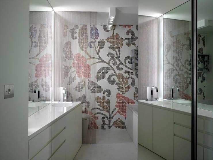 Apartment H: modern Bathroom by Mackay + Partners