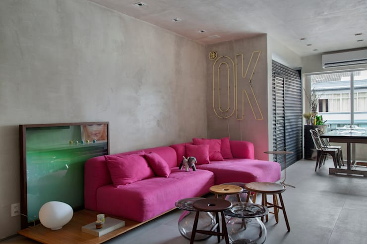 MM apartment: Salas de estar  por Studio ro+ca