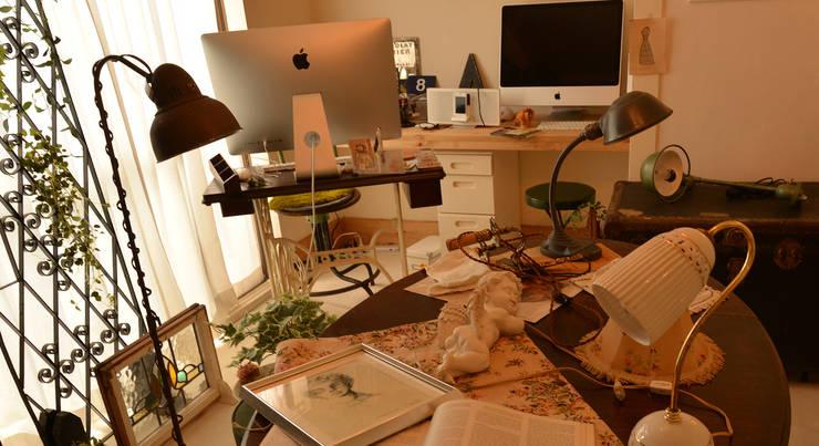 仕事場: VINTAGE-RENOVATION by masuoka-designが手掛けた勉強部屋/オフィスです。