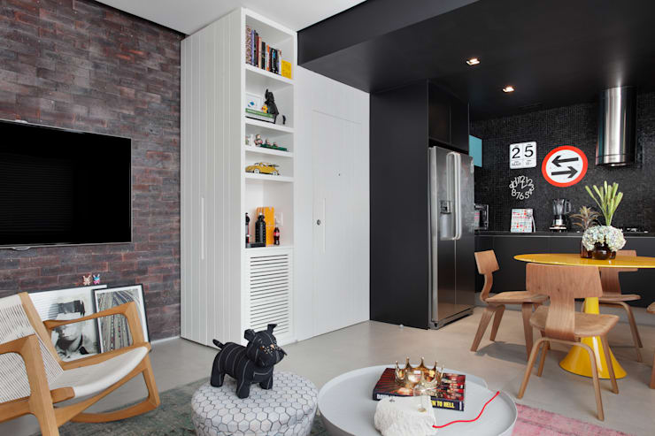 VF apartment: Salas de estar  por Studio ro+ca