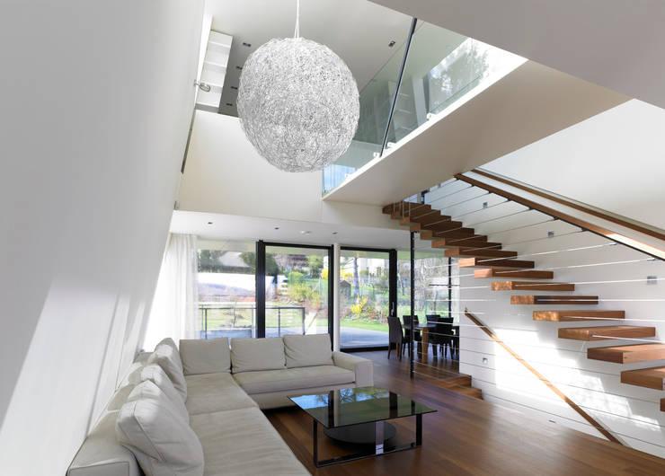 Haus H:  Wohnzimmer von x42 Architektur ZT GmbH
