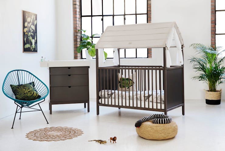 Habitaciones infantiles de estilo  por Stokke GmbH