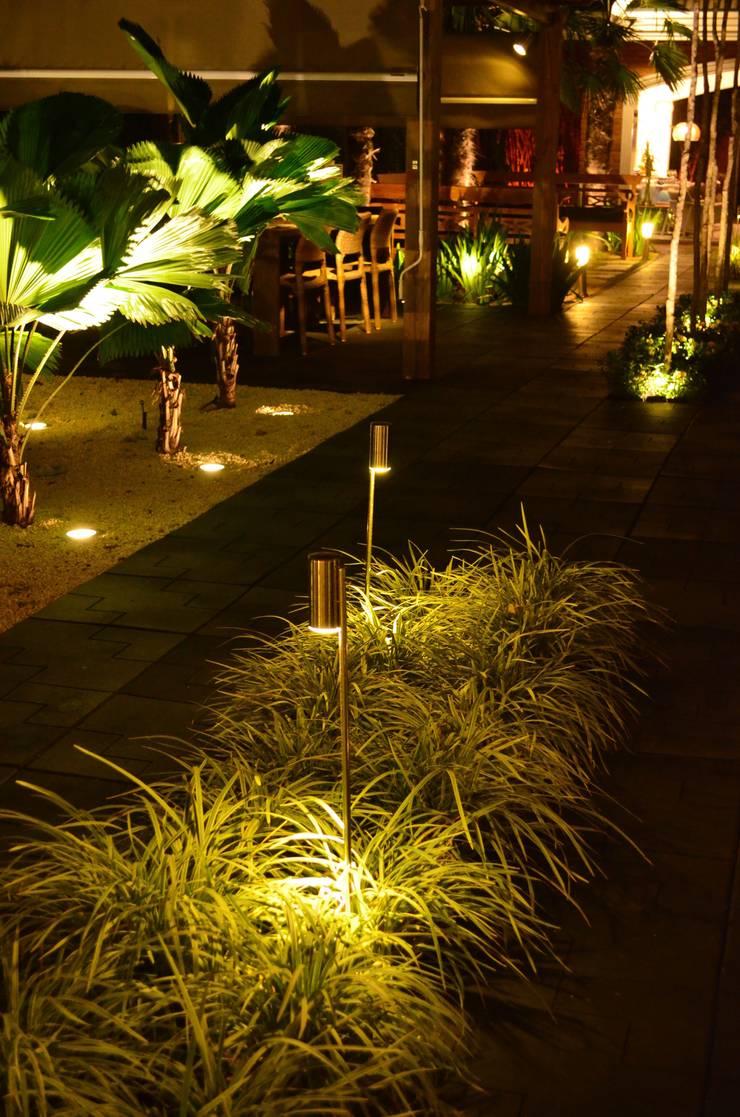 Campinas Decor: Jardins  por Lightinox