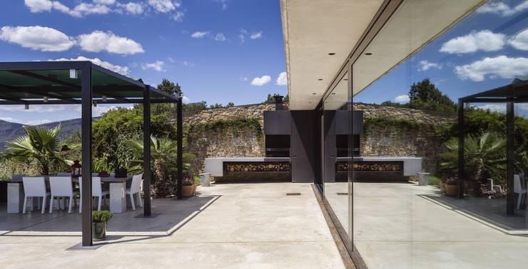 Jardín de estilo  por VelezCarrascoArquitecto VCArq