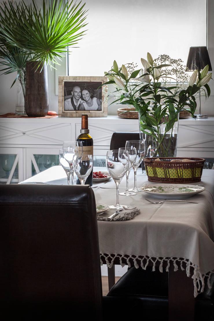Vista del comedor: Comedores de estilo  de Buena Pieza Interiorismo
