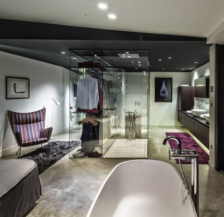 غرفة الملابس تنفيذ VelezCarrascoArquitecto VCArq