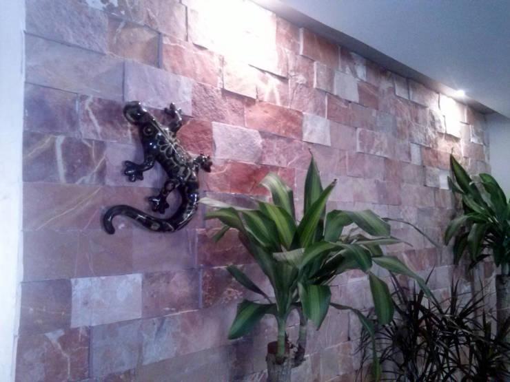 Sala de Estar 4: Salas de estilo  por Estudio Ideas