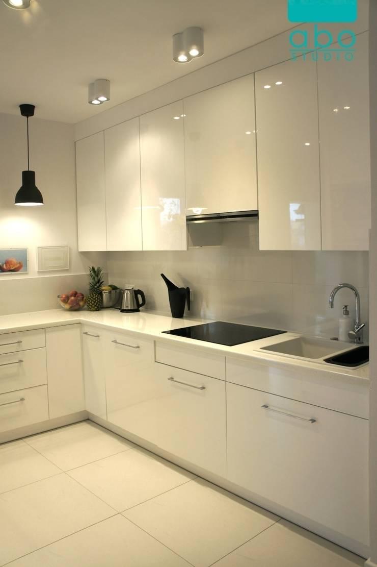 apartament Polanka: styl , w kategorii Kuchnia zaprojektowany przez abostudio,Nowoczesny