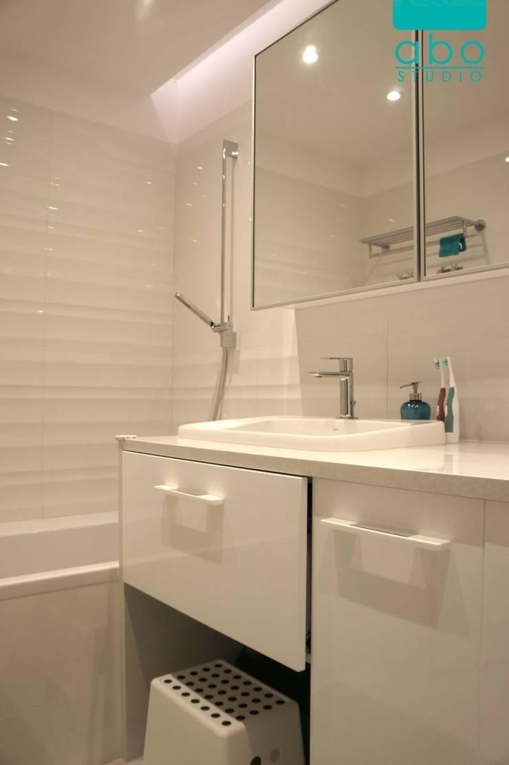apartament Polanka: styl , w kategorii Łazienka zaprojektowany przez abostudio