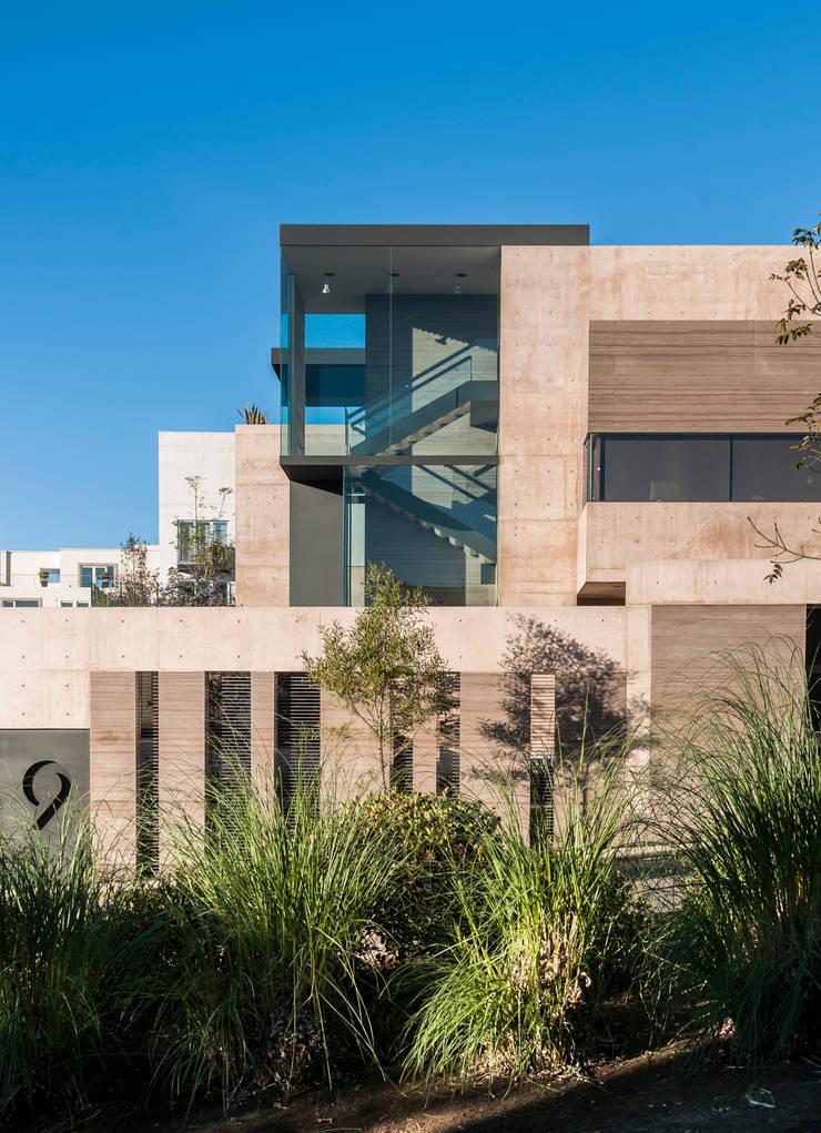Casas de estilo  de Gantous Arquitectos, Moderno
