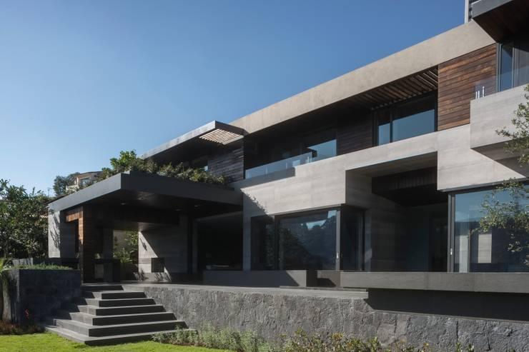 Casa B&B: Casas de estilo  por Gantous Arquitectos