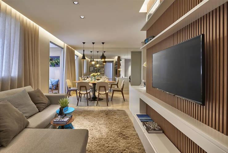 Salas de estar e jantar: Salas de estar  por Fernanda Sperb Arquitetura e interiores,