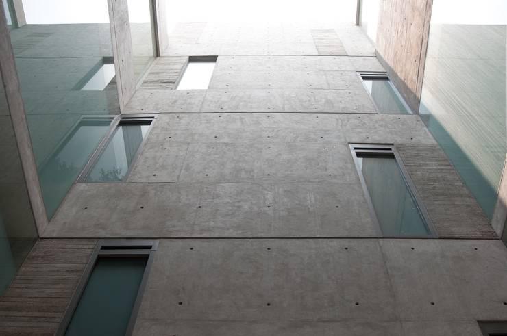 โดย Gantous Arquitectos โมเดิร์น