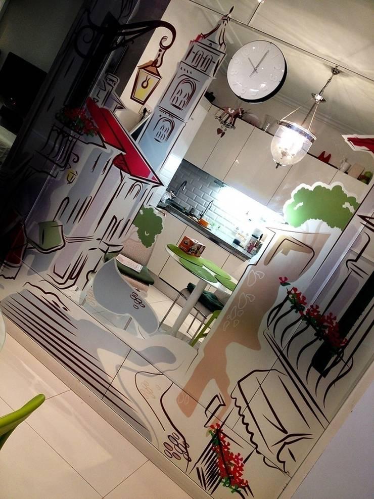 Зеркало на кухне: Кухни в . Автор – 33dodo, Эклектичный
