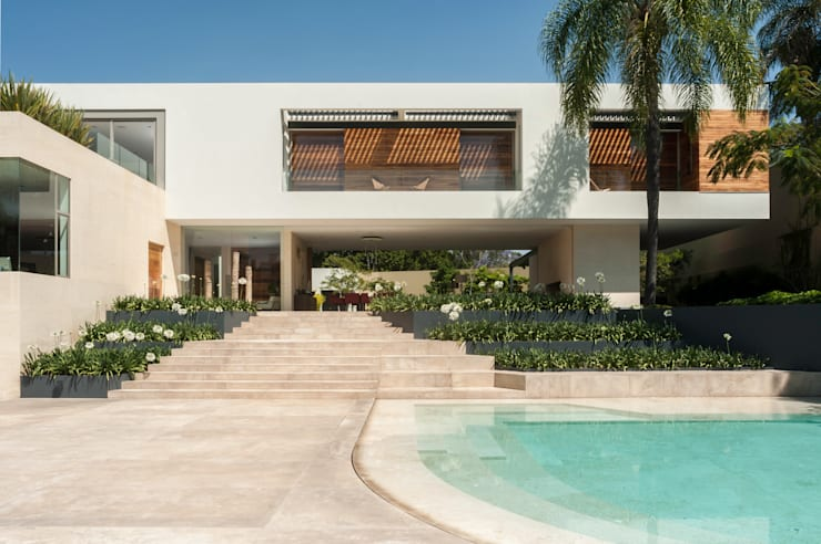 Case moderne di Gantous Arquitectos Moderno