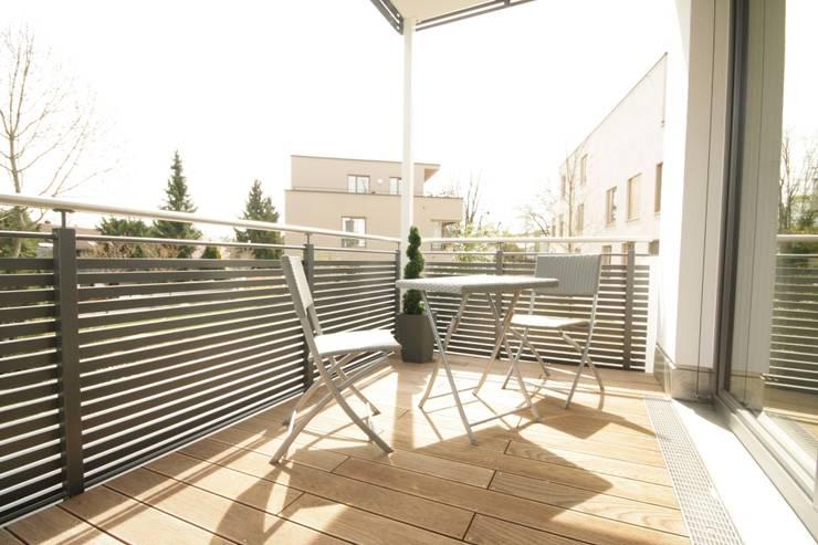 Balkon:  Terrasse von Home Staging Cornelia Reichel