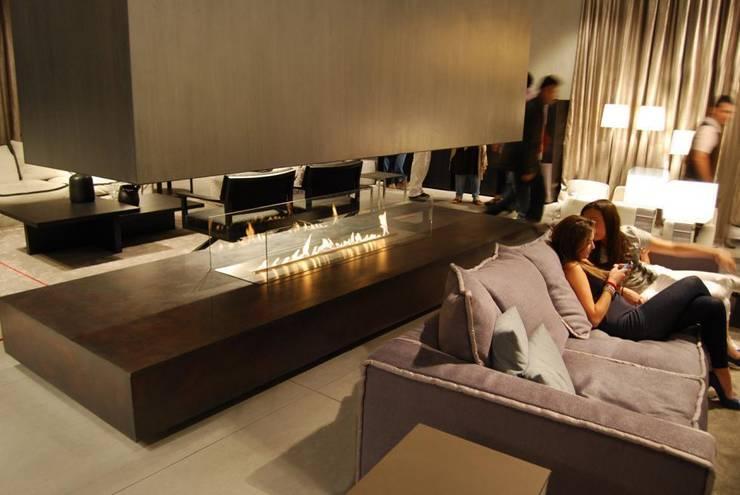 Salon z charakterem: styl , w kategorii Salon zaprojektowany przez KamilaBielinska
