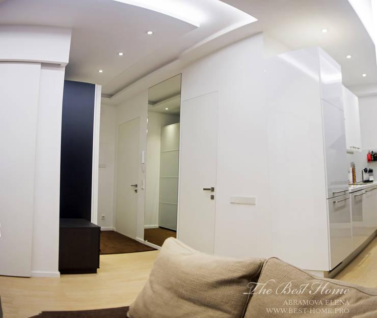 Квартира в Санкт-Петербурге на улице Гастелло: Коридор и прихожая в . Автор – Best Home