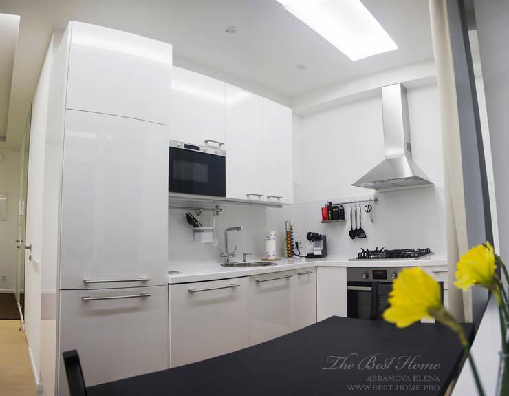 Квартира в Санкт-Петербурге на улице Гастелло: Кухни в . Автор – Best Home