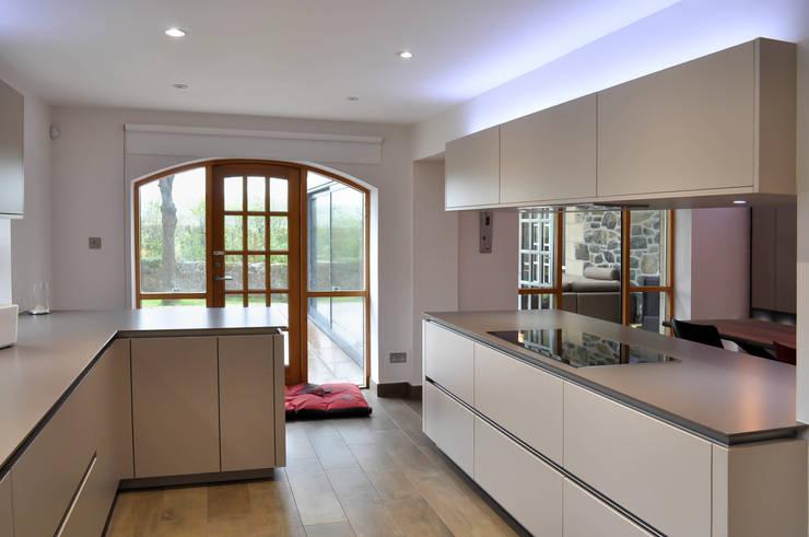 Linlithgow Extension 04 Cocinas de estilo minimalista de George Buchanan Architects Minimalista