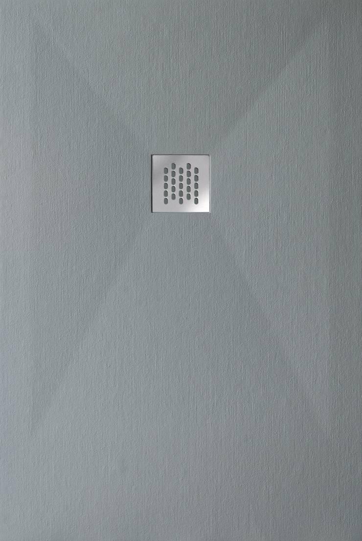 Plato de ducha Granito - Gris: Baños de estilo  de BATH
