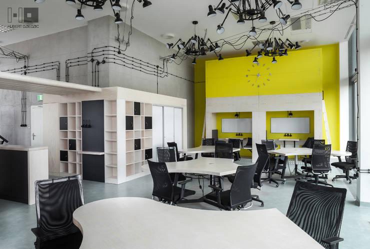 TRANSFEROWNIA - INKUBATOR TECHNOLOGICZNY BPN-T : styl , w kategorii Przestrzenie biurowe i magazynowe zaprojektowany przez Hubert Dziedzic Architektura Wnętrz