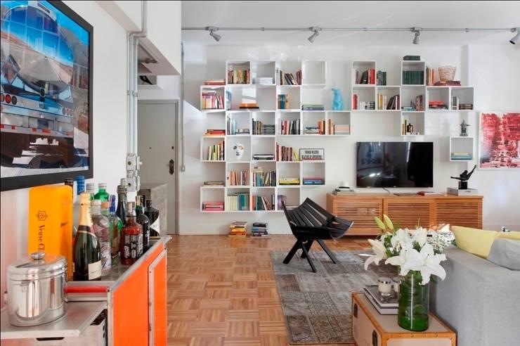 moderne Woonkamer door Barbara Filgueiras arquitetura