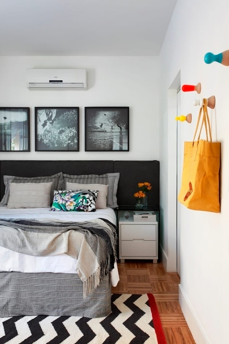 Apartamento Laranjeiras: Quartos  por Barbara Filgueiras arquitetura,