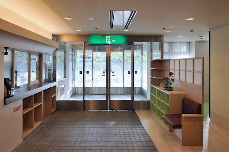 草津の特別擁護老人ホーム: 加藤淳一建築設計事務所/JUNICHI KATO & ASSOCIATESが手掛けたです。,