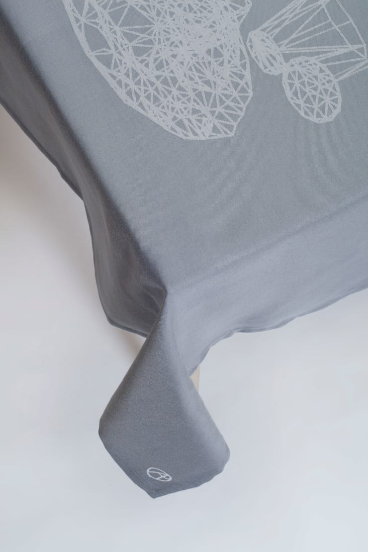 Tablecloth Night Table - Dark grey:   door Caro Heuts, Scandinavisch