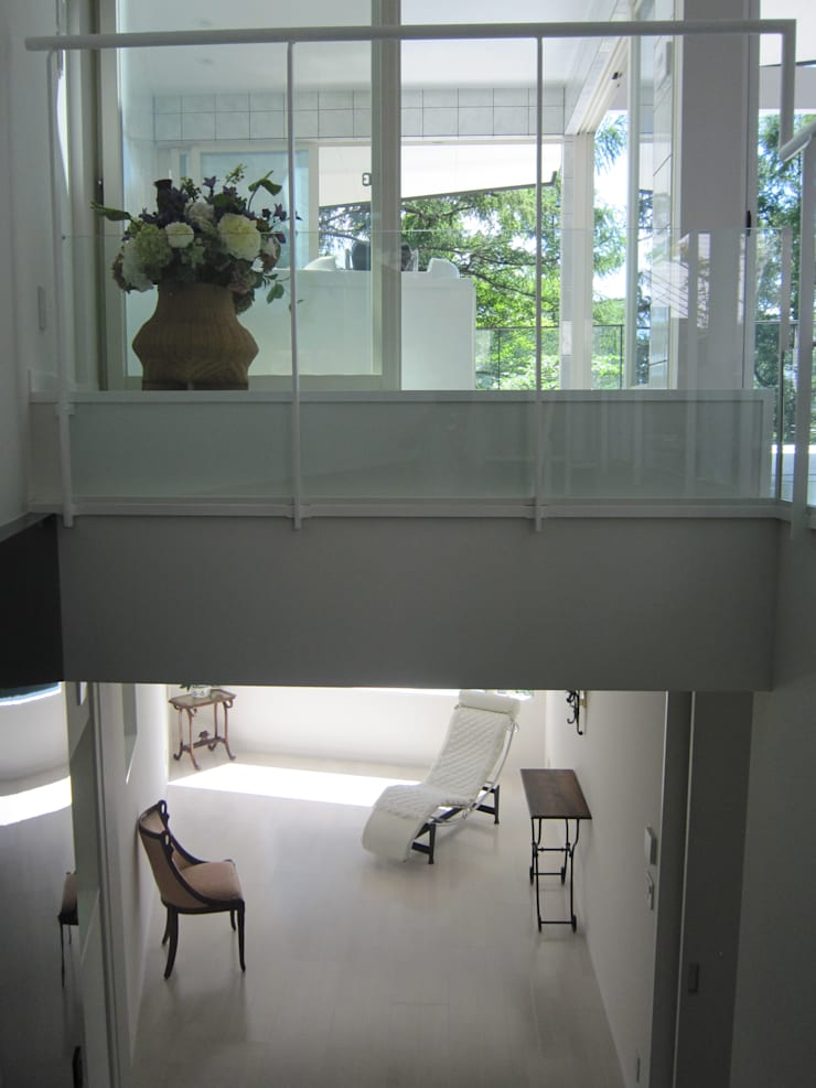 吹抜け: space craftが手掛けた廊下 & 玄関です。