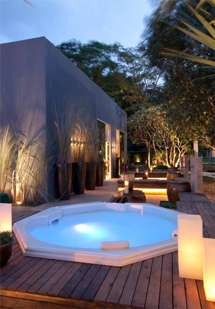 Jardim Casa Cor 2011: Jardins  por ricardo pessuto paisagismo,Moderno