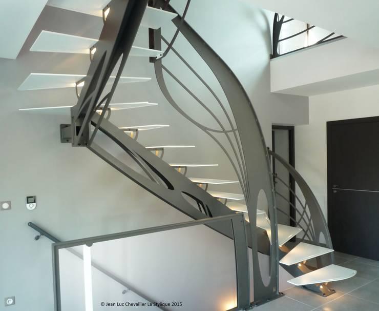 Escalier design double quart tournant Art Nouveau von La ...